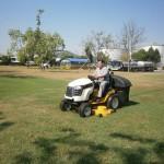 รถตัดหญ้าแบบนั้งขับ